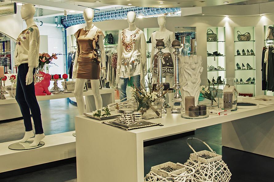 Fashion Buying Merchandising, Short 47